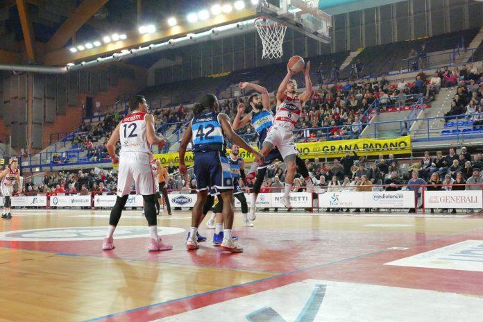 Azione di gioco della partita disputata il 5 gennaio Pompea-Ferrara